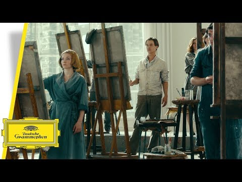 Video Never Look Away - Original Motion Picture Soundtrack by Max Richter